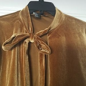 Forever 21 Sweaters - Bronzy gold cropped cardigan